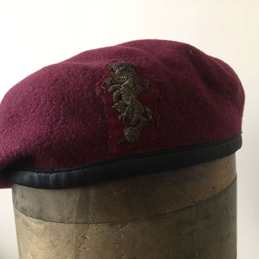 Post War REME airborne beret