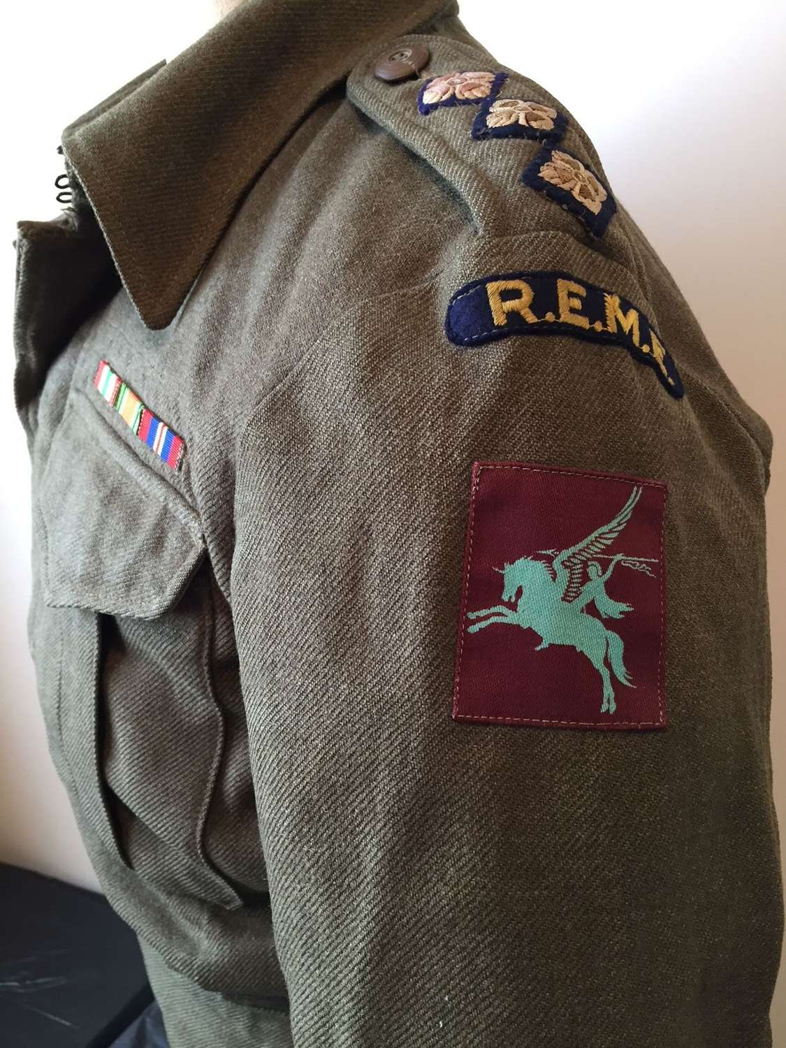 WW2 Airborne REME uniform and medals