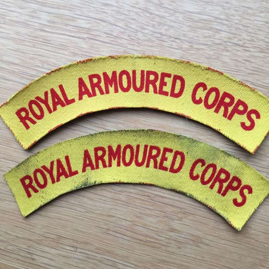 WW2 pair of printed RAC shoulder titles