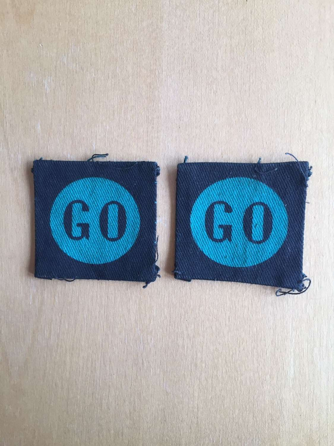 WW2 8th Armoured Division pair of formation signs